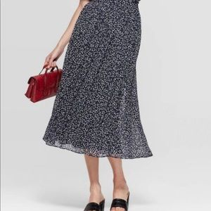 WHO WHAT WEAR - Midi A-line Skirt